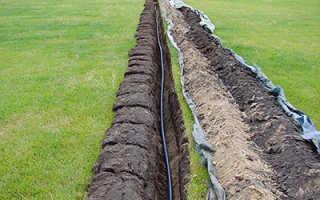 Как копать траншею под водопровод на загородном участке