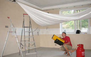В институте научился натягивать потолки: работать по диплому даже не пришлось