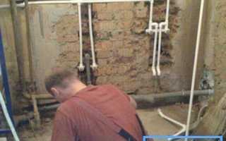 Как осуществить монтаж труб в ванной: технология работ