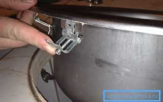 Крепление для мойки: обзор различных способов монтажа раковин