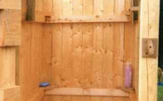 Чем обшить душ на участке: выбор материала и его установка