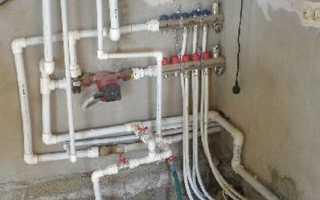 Как выполняется разводка труб в жилых помещениях