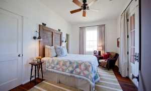 Уютная современность: 2 шикарных спальни в деревенском стиле , которые вместили в себя лучшее